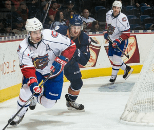 Greg Pateryn's goal and assist helped the 'Dogs win their second straight. (PHOTO: Brandon Taylor, Hamilton Bulldogs)